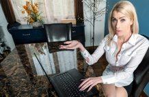 Sexy MILF Stepmom Banging on Video